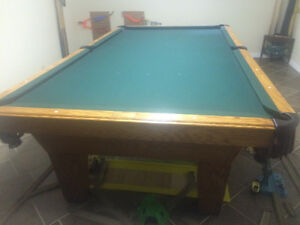 Pool Table Olhausen 5'x9' snooker table