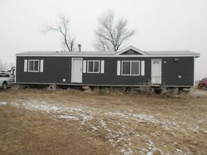 1996 16 x 60 FOOT MOBILE HOME