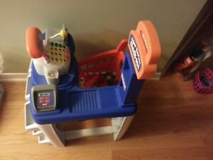 Shopping Cart and Cash machine toy