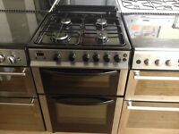 Silver/black gas cooker