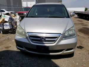 Parting out a 2005 Honda oddessy