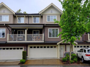Incredible 3 Bd 3Bath 1,880 sqft Townhouse in Cloverdale