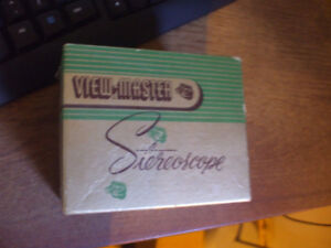 1949 VIEW-MASTER STEREOSCOPE IN ORIGINAL BOX WITH 7 REELS