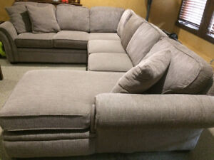 SECTIONAL- Three pieces with Chaise