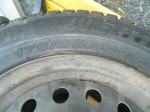Toyota Echo 175 65R14 Snow tires