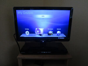 "22"" TV & wireless Blueray player"