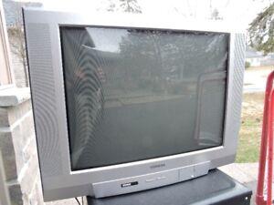"27"" Toshiba TV great condition"