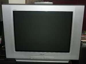Sony Television 32 pouces / Sony TV 32 inch