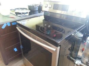 2016 stove / range for sale