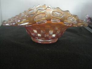 OPALESCENT CARNIVAL GLASS OPEN WEAVE SERVING DISH