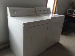 Washer and dryer set for Sale London Ontario image 2