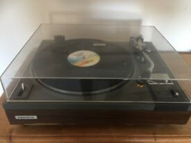 Pioneer PL115D Record Deck