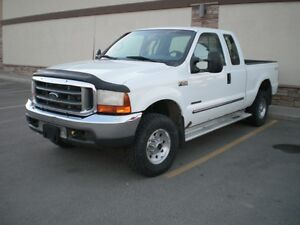 2000 Ford F-250 SUPERDUTY Pickup Truck