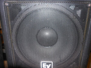 Professional 2 WAY HIGH END SPEAKERS ** MOBILE DJ'S & MUSICIANS