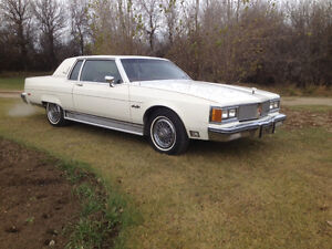 84 Olds 98 Regency- MINT 57KMS - May trade