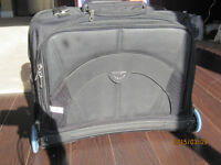 Kensington Contour - Laptop and other accessories carry bag