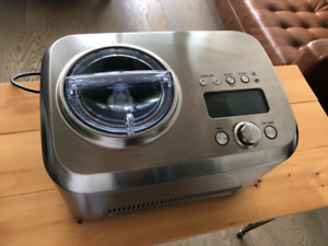 Breville ice cream maker - Excellent condition!