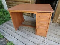 *** PRICE REDUCDED*** ANTIQUE OAK DESK