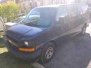 Chevrolet express super clean A1 6199$ nego