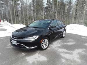 2015 Chrysler 200-Series C Sedan