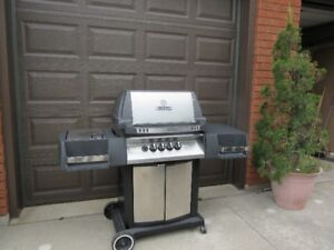 Gas Broil King Barbecque (Crown)