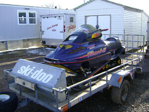 ***PARTING OUT SLEDS*** 1996 FORMULA 3 600 TRIPLE SKI-DOO