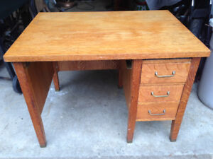 Antique Quarter Sawn Tiger Oak Desk
