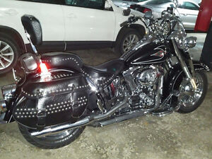 MINT Heritage Softail, with Extended Warranty, Loads of Extras