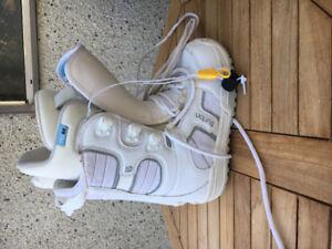 Women's size 7 Burton Snowboard Boots