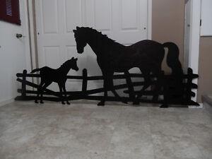 HORSE & COLT YARD SHADOW