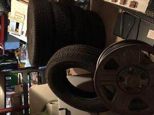"""5 """"like new"""" Goodyear Wrangler ST. 225/75/R16"""