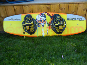 Youth's O'Brein Wake Board. With Boots.