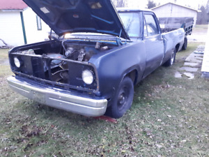 1975 dodge pick-up solid frame and body!! SOLD