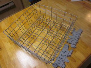Panier lave vaisselle Frigidaire FDBB2040F
