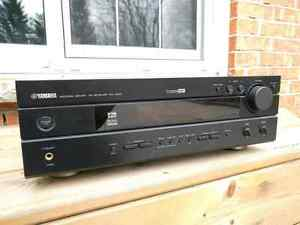 Yamaha RX-V530 Audio / Video AV home theatre receiver