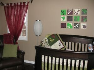 Baby Crib Bedroom Set - Excellent condition (like new)