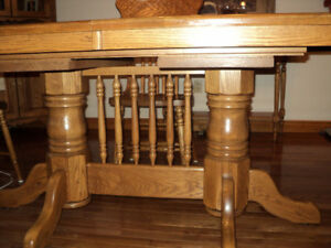 real solid oak table and chairs
