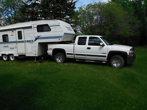 2002 Chevrolet Silverado 2500 LT Pickup Truck & Fifth Wheel