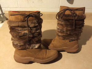 Women's Sally Warm Winter Boots Size 7.5