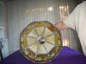 LARGE ANTIQUE STAINED GLASS TIFFANY STYLE HANGING LAMP SHADE Kingston Kingston Area image 4