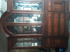 Hutch / Display Cabinet / China Cabinet