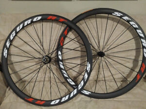 Seguro 38mm carbon wheelset