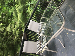 PATIO FURNITURE-GREAT QUALITY