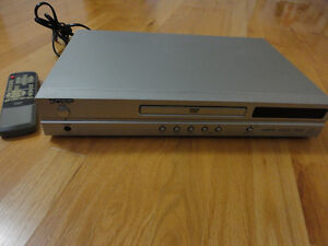 Diamond brand DVD player with remote London Ontario image 10