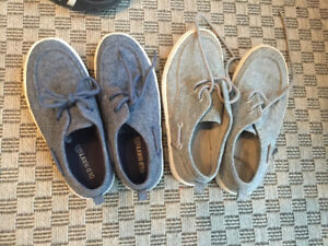 Boys Old Navy deck shoes like new size 1 and 2