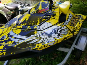 2014 seadoo spark  2up 90hp,all options trailer and cover