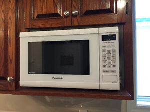 Perfectly Operating Dishwasher and Microwave