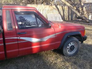 MUST GO!!1987 jeep comanche pickup