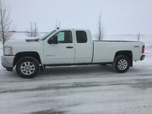 2011 Chev 3500 Duramax Long Box 4x4