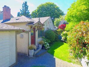 Amazing 1/2 Duplex with Garden Suite in Cook St Village!